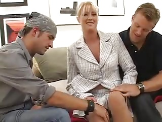 Prex MILF Bethany Dear Fucks Two Young Guys
