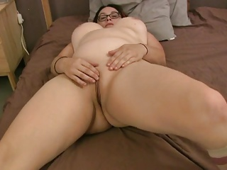 Heavy Girl Gets A Creampie