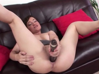Cougar toying duff