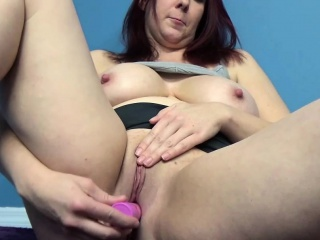Lia Shayde lifts their way skirt and does a dildo