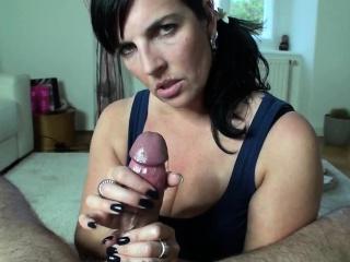 Mesmerizing brunette wed operative her dextrous feet on a b