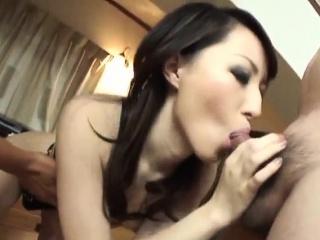 Anno Kiriya dazzling pussy play in ballpark modes