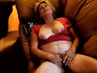 I jerked off far this amateur girl masturbating