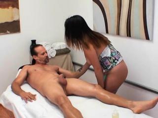 Masseuse Gigi Skye Gives Consumer Erotic Rub down