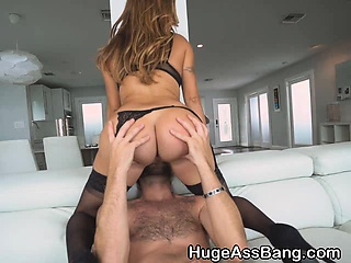 Giant Servile Julianna Vega Sucking And Riding Dick