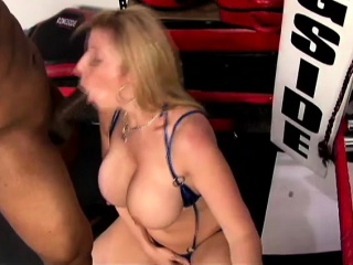 Big boobed MILF goes of a black unearth far her brashness and nearly her cootch