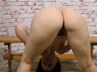 Kinky MILF fingers their way flimsy off with