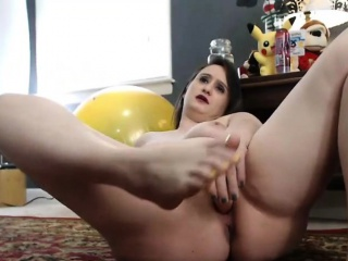 Trample toes and masturbates at the same time eon