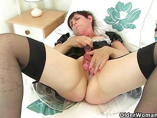 British milf Zanderlee gets gone hard about her maid unvarying
