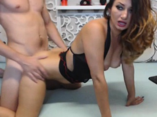 Beautiful MILF Got Fucked From Behind wits Their way Neighbor