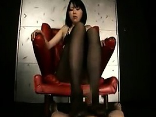 Elegant spoil in pantyhose sends her sexy hooves taking a dick