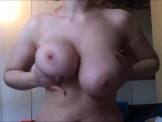 Conceitedly boobs milf enjoying