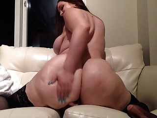 BBW with big butt riding will not hear of trifle