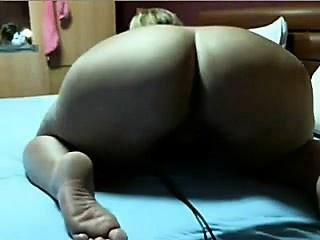 arab big ass masked wife !!!