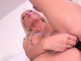 Hot Blondie Stuffs say no to pussy up black dildo
