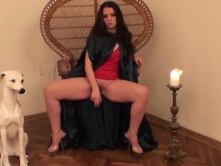 Hot Larissa Aurous loves penalty pussy alongside dildo