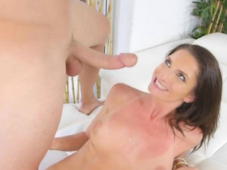 Attracting Cougar Silvia Saige Gets Impaled And Creamed