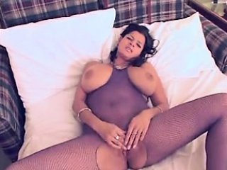 Queen about giant unartificial boobies Manda newcomer disabuse of 1fuckdatecom