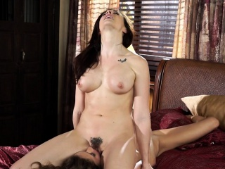 Bigtitted milf pussylicked after scissoring