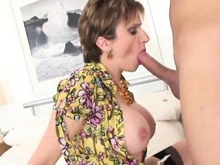 Adulterous british milf offspring ellis flashes her oversized mamma
