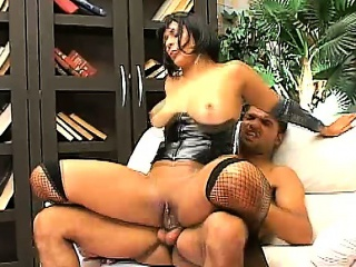 Heavy booty Latina Pamela Carvalho gets their way soaking peach tongued together with fucked