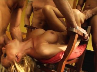 Vivien in full-grown milf gonzo porn scene detach from Milf Thing