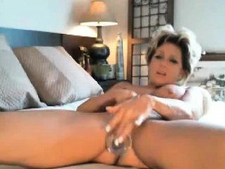 Tainted milf sucking with the addition of inserting anal a bagatelle