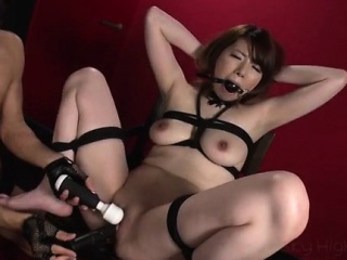 Reika Ichinose enjoys having sex with reference to rough bondage show