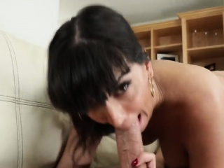 Heavy loot brunette mommy master for seduction fucked hard