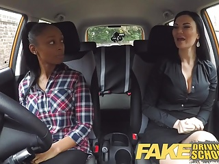 Fake Motivating force Teacher busty ebony fails say no to criticize about lesbian