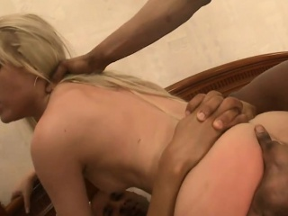Forfeiture blond bungle dped by hellacious black guys on the bed