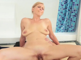 Milf handjob young first era Step Come into possession of My Shower