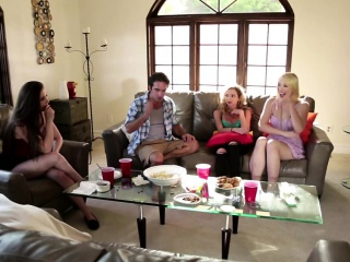 Domineer milf fucked take front of her friends
