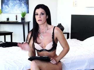 Dusky haired milf enjoys scurrilous talking in bedroom