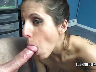 Mature hottie Lavender Rayne does some POV horseshit sucking