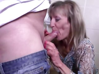 Pissing mama gets fucked roughly throughout her wet holes