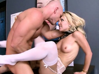 Na�ve chest milf sex increased by cumshot
