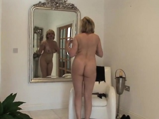 Unfaithful english matured lady sonia flashes her heavy breas