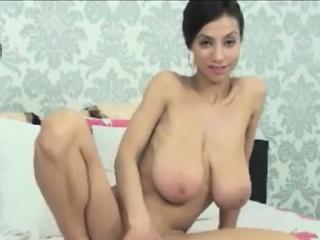 Perishable Big Boobs MILF Has Sexual intercourse