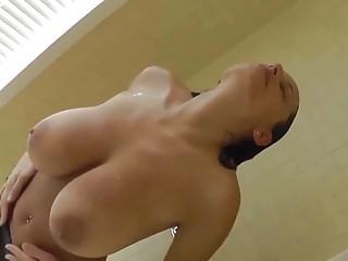 Wet Big Inexperienced Pair German Milf in Shower