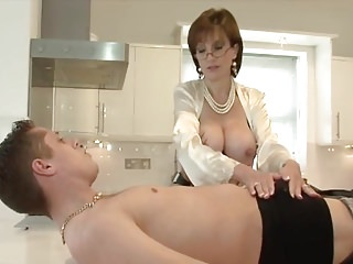 Dressy Lady serviced by Young Handyman