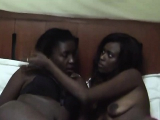 Lovely African lesbians Nisa added to Anaya relaxes on burnish apply bed.