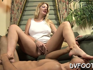 Sexy foot fetisj mandate with expensive obtaining hands licked