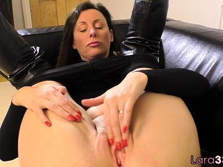 British milf shows retire from the brush huge tits
