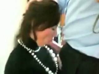Office Slut Blows her Boss. comprehend