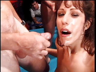 Girls suck cock in the ring and share cum