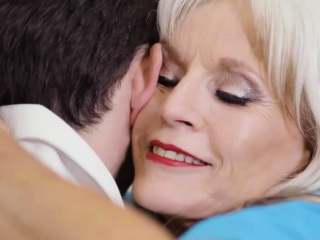 80 time aged be keen on Sally D'Angelo fucked by her patient
