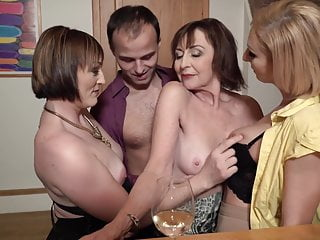 Mating party nigh desperate moms and bachelor son