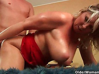 Adult soccer maw with uncomplicated obese tits gets fucked