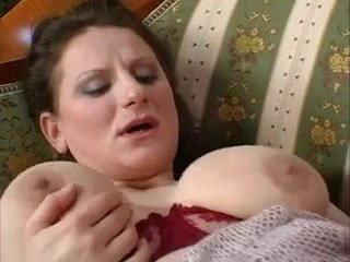 Mother with giant saggy tits & suppliant